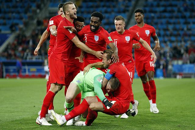 Trên chấm 11m, ĐT Anh đã xuất sắc giành chiến thắng với tỷ số 4-3 để có mặt ở tứ kết