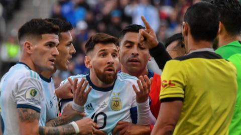 [Copa America] Messi đối mặt án cấm thi đấu 2 năm vì vạ miệng